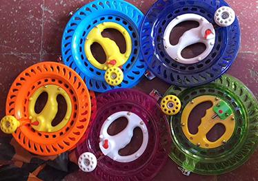 色彩风筝轮